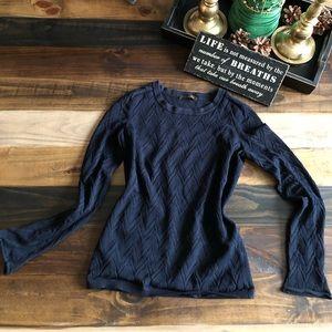 Beautiful Louis Vuitton women shirt